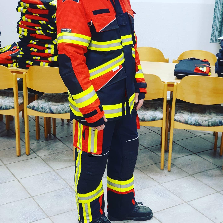 seamTEX Schutzbekleidung Modell Heidmühlen Image